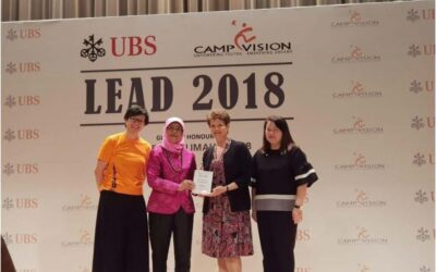 Incredibly honored to receive a plaque of recognition from Singapore President Halimah Yacob for my volunteer work as a speaker and coach with UBS's Camp Vision.